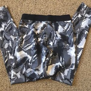 Nike Bottoms - Nike pro hyperwarm tights leggings youth Large
